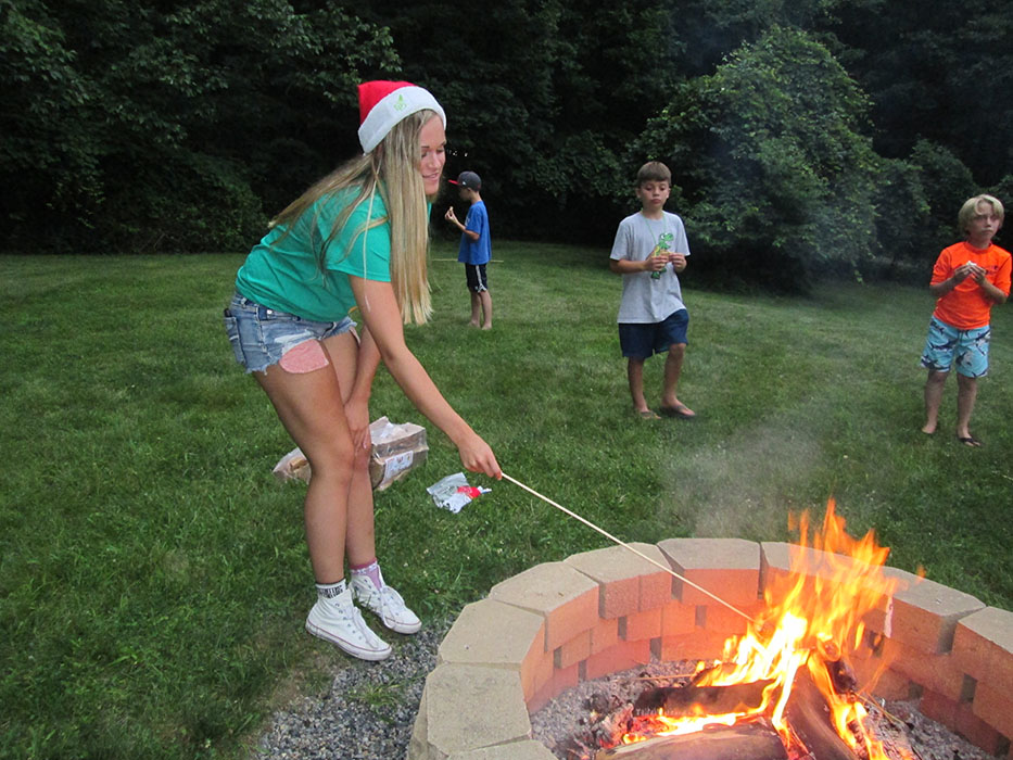 Christmas In July Camping.Album